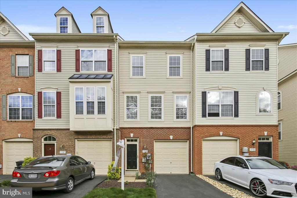 Alexandria Homes for Sale -  Townhome,  7729  WHITE HERON TRAIL