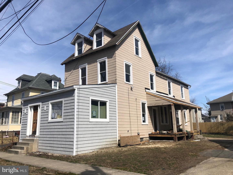 Duplex Homes для того Продажа на Woodlynne, Нью-Джерси 08107 Соединенные Штаты