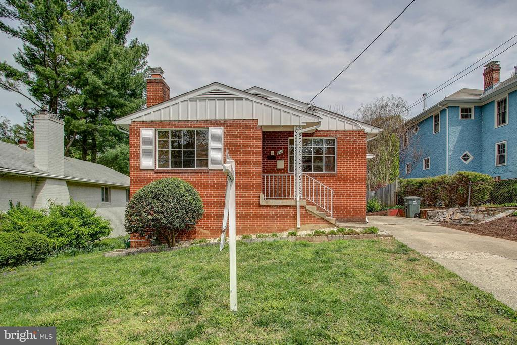 Exterior (front) - 3611 22ND ST N, ARLINGTON