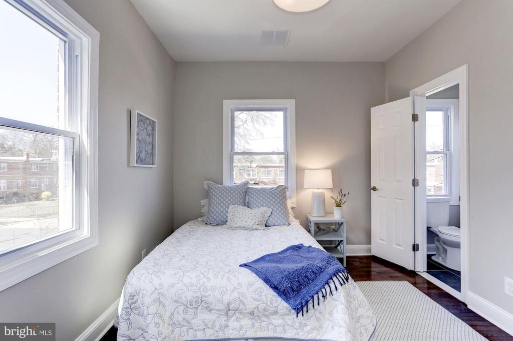 2nd Bedroom - 1021 CRITTENDEN ST NE, WASHINGTON