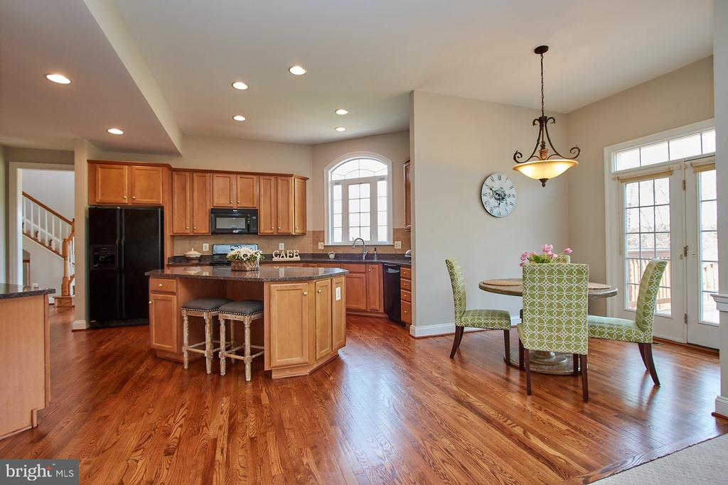 Large Kitchen area with recessed lights - 9742 KINLOSS MEWS, BRISTOW