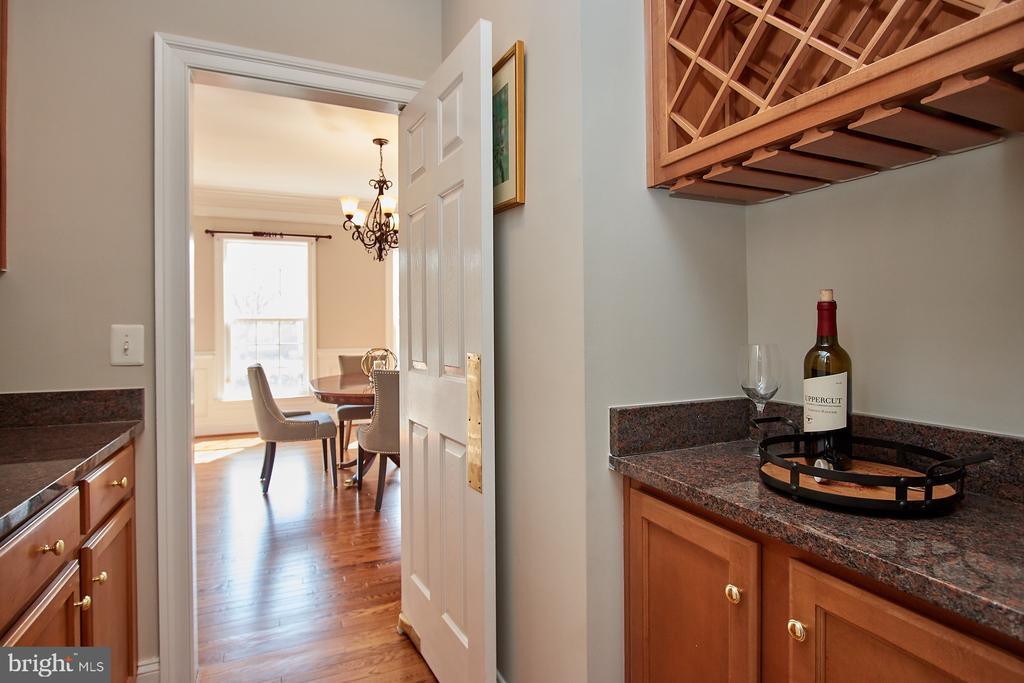 Wine rack in Butlers Pantry - 9742 KINLOSS MEWS, BRISTOW