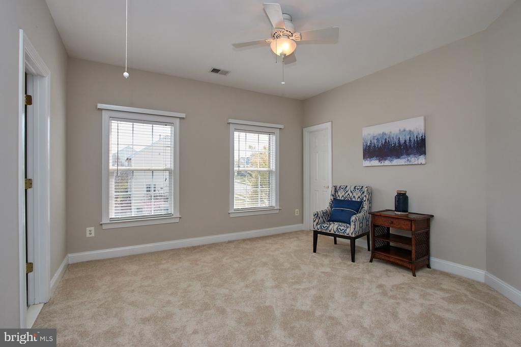 3rd large Bedroom - 9742 KINLOSS MEWS, BRISTOW