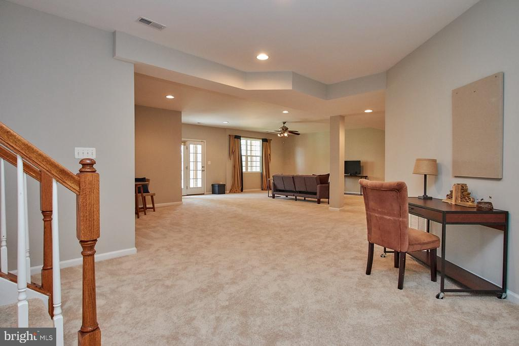 Rec Room with new carpet - 9742 KINLOSS MEWS, BRISTOW