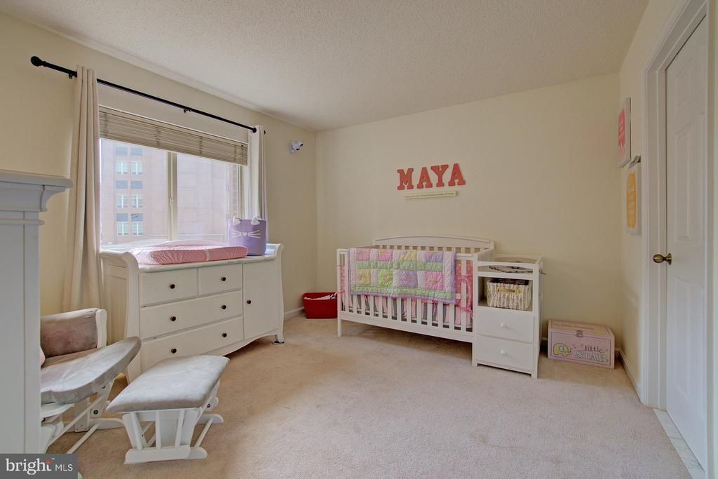 Two master bedrooms! Sunny and spacious - 2181 JAMIESON AVE #607, ALEXANDRIA