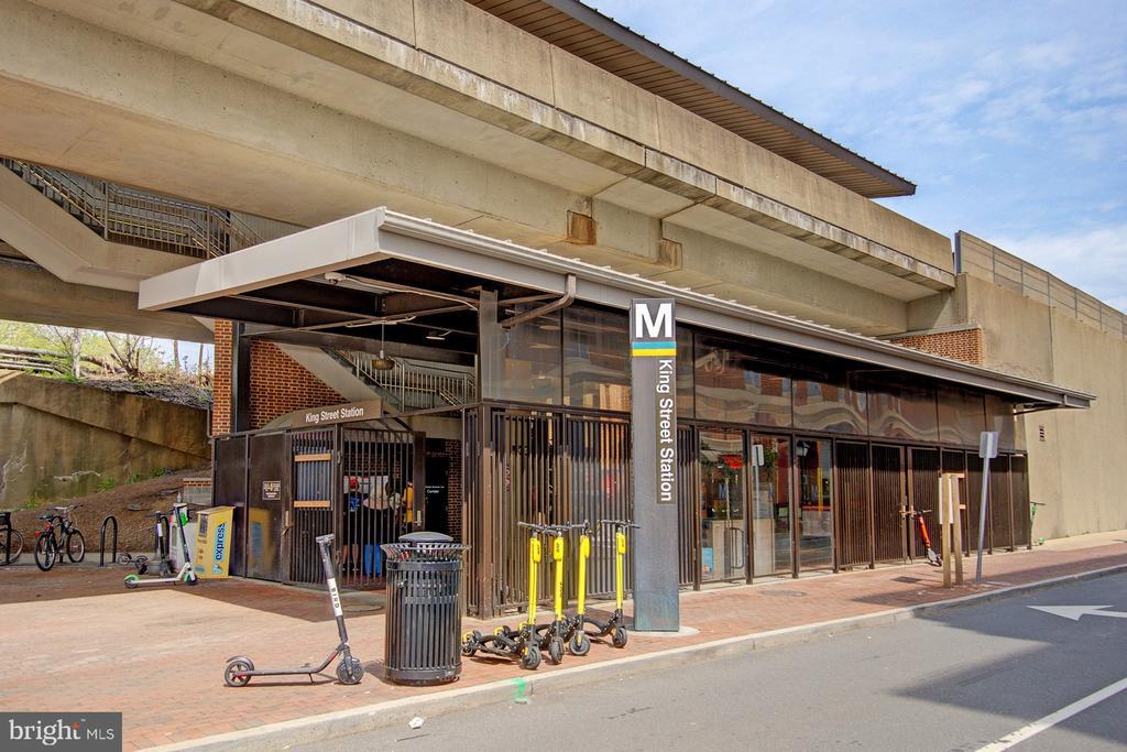 King St. Metro: It's so close! - 2181 JAMIESON AVE #607, ALEXANDRIA