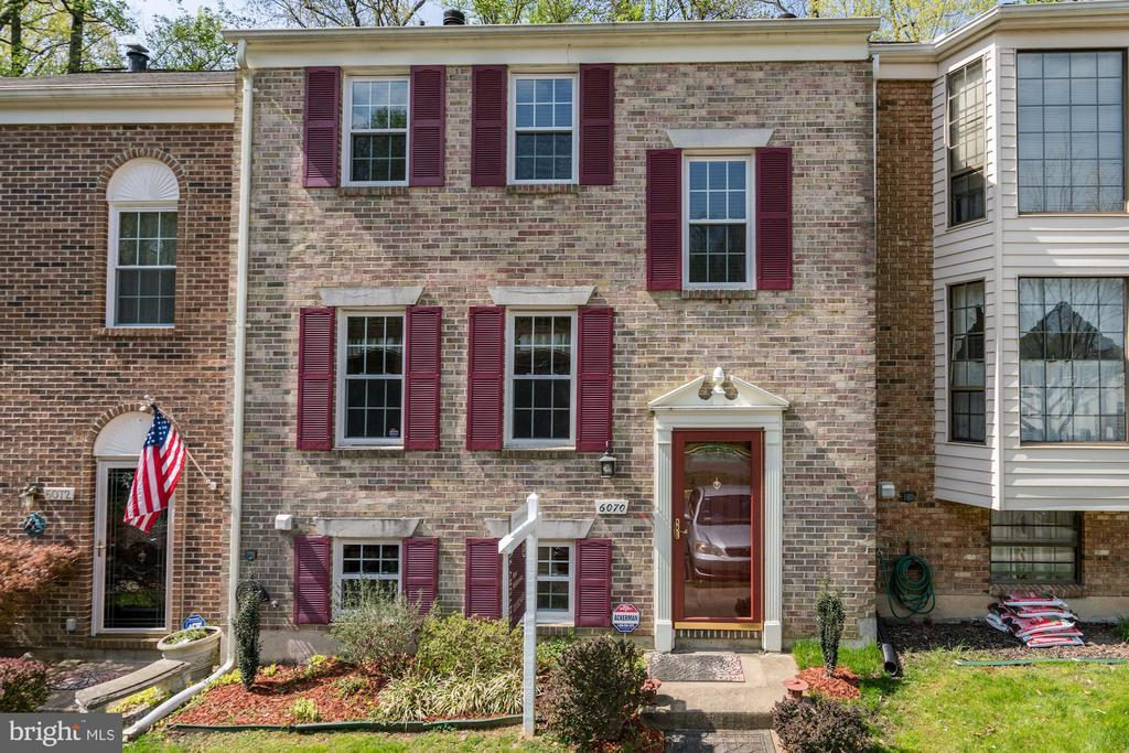 6070  GUILDHALL COURT, one of homes for sale in Burke