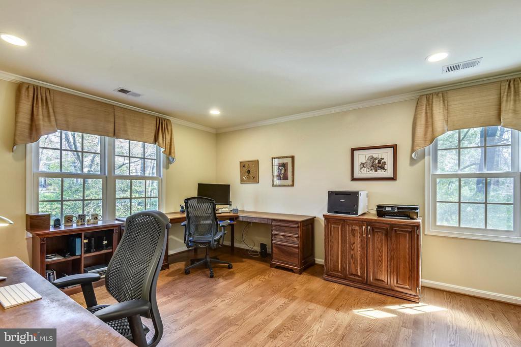 Generous Ancillary Bedrooms #2 - 3140 TRENHOLM DR, OAKTON