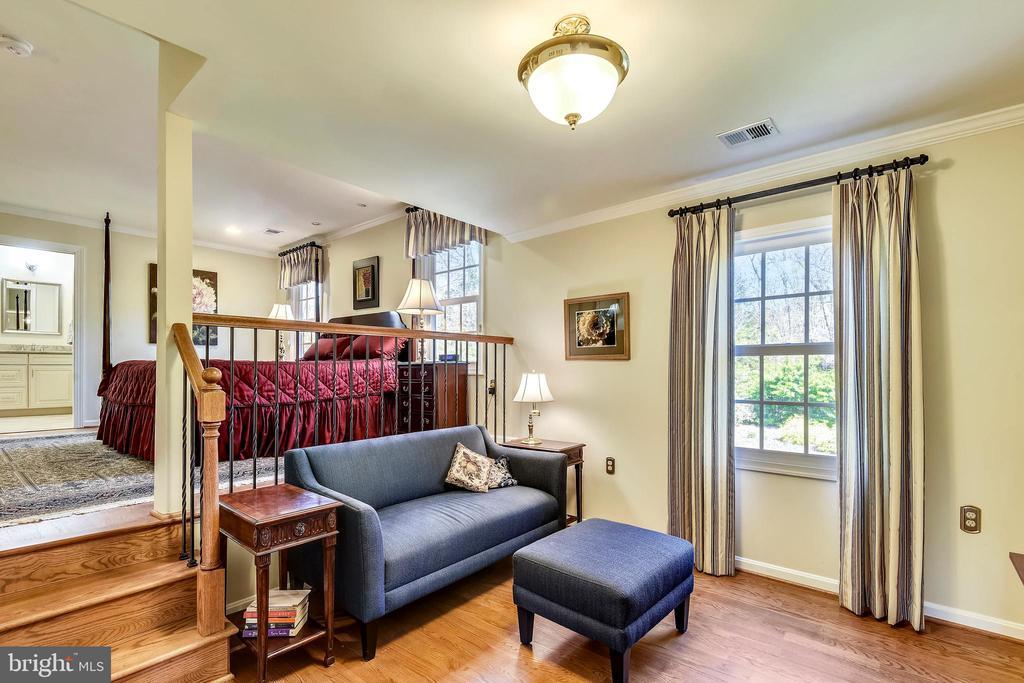 Master Bedroom Sitting Room. - 3140 TRENHOLM DR, OAKTON