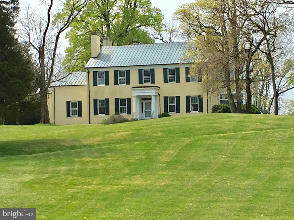 8439  HOLTZCLAW ROAD, Fauquier County, Virginia