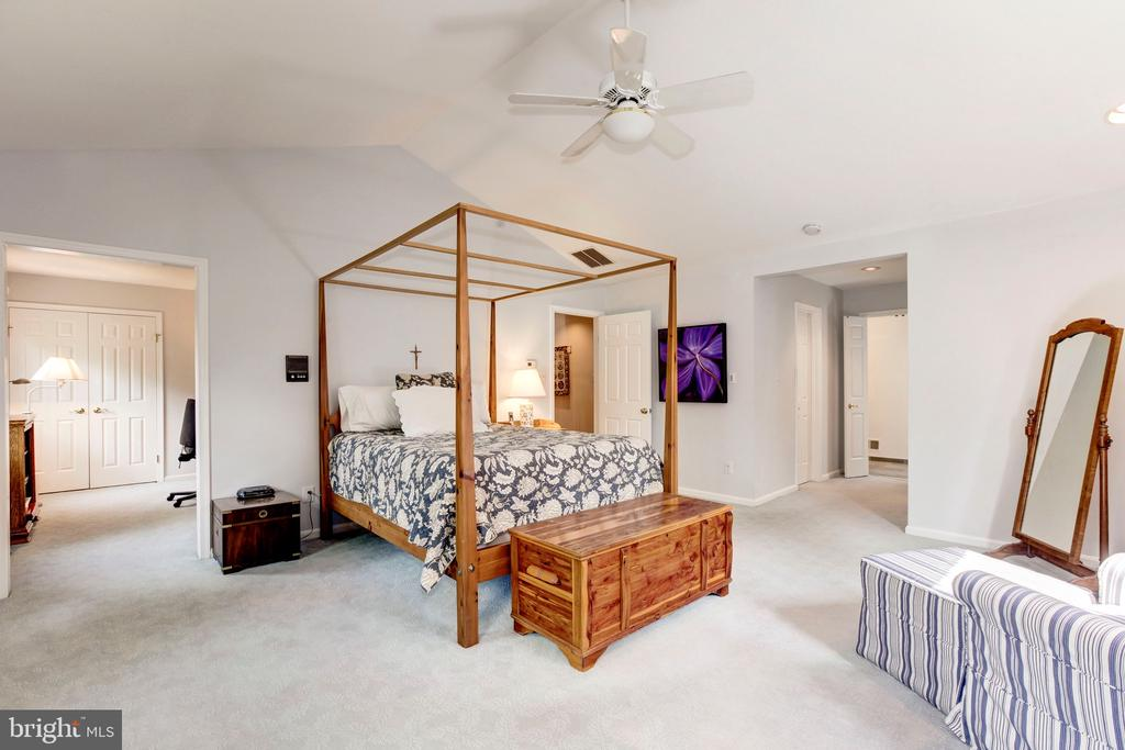 Master Bedroom - 4901 ESSEX AVE, CHEVY CHASE