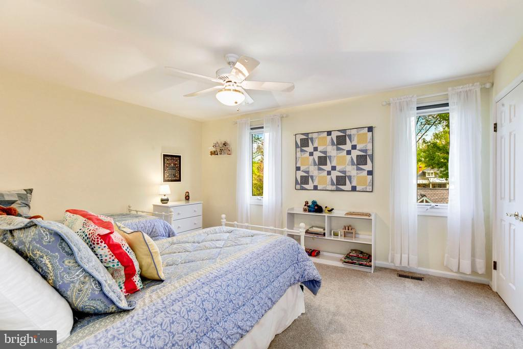 Third Bedroom - 4901 ESSEX AVE, CHEVY CHASE