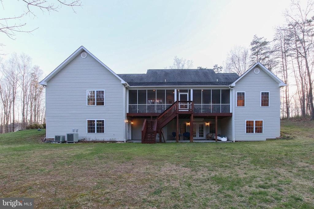 - 800 CATTAIL RD, WINCHESTER