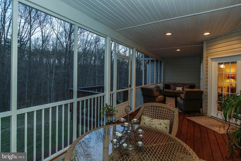 Watch the seasons unfold from this perfect perch! - 800 CATTAIL RD, WINCHESTER