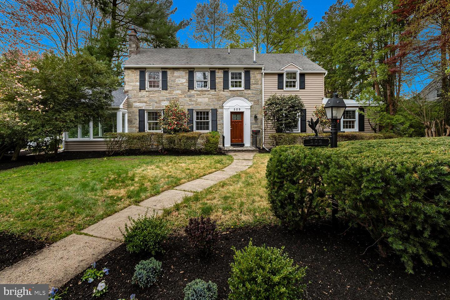 Single Family Homes للـ Sale في Haddon Township, New Jersey 08107 United States