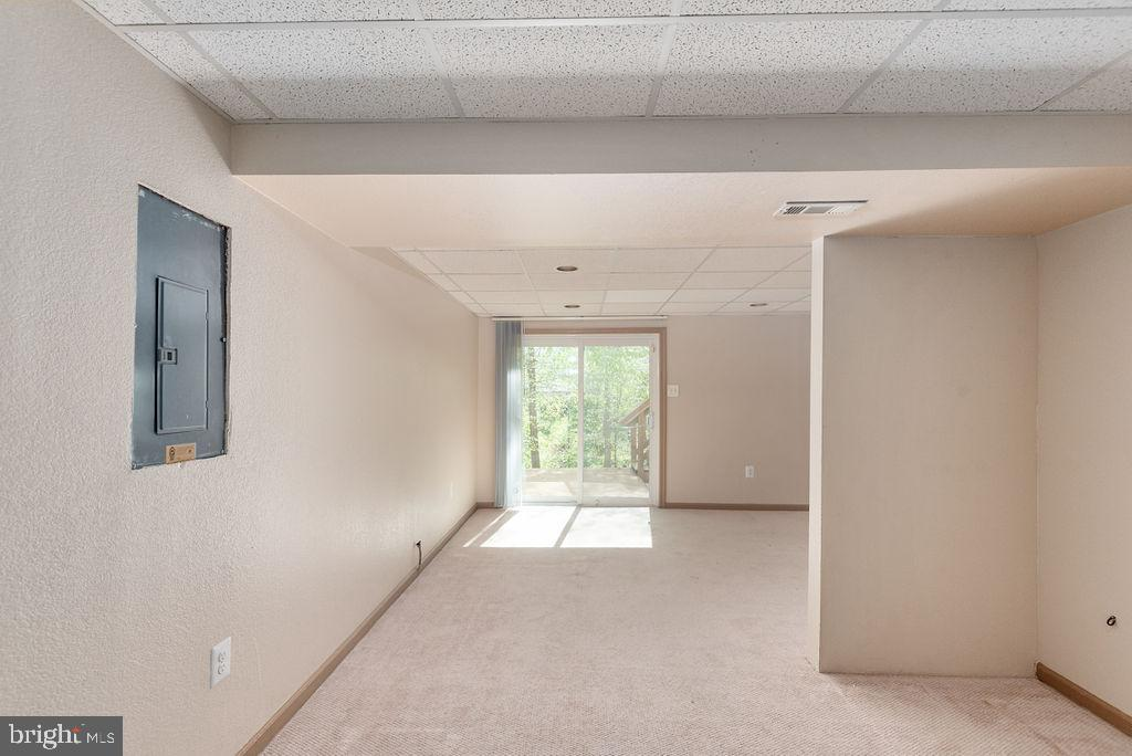 Finished basement walkout level - 13 HARRY CT, STAFFORD