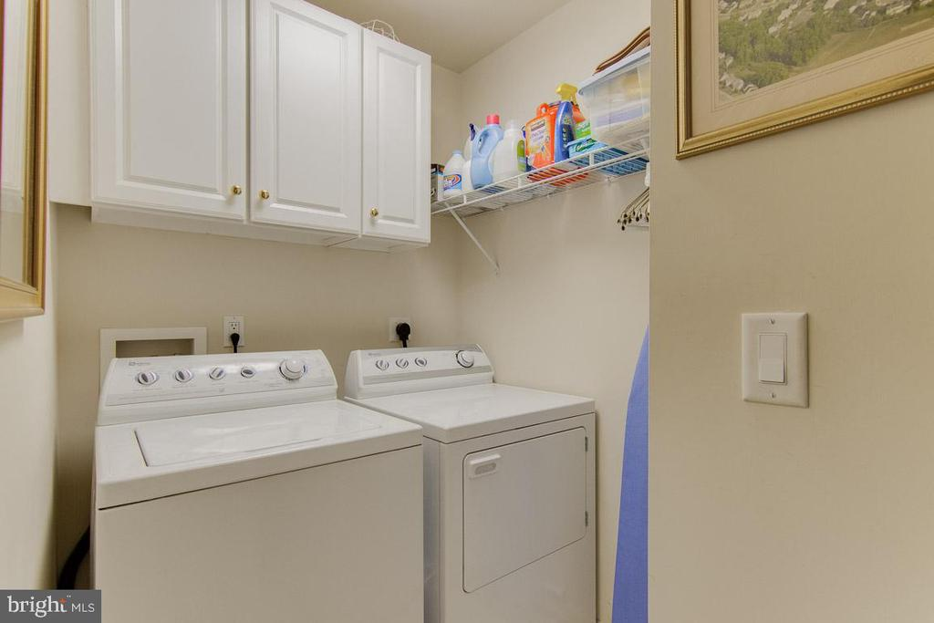 Separate Laundry Room - 3413 LAKEVIEW PKWY, LOCUST GROVE