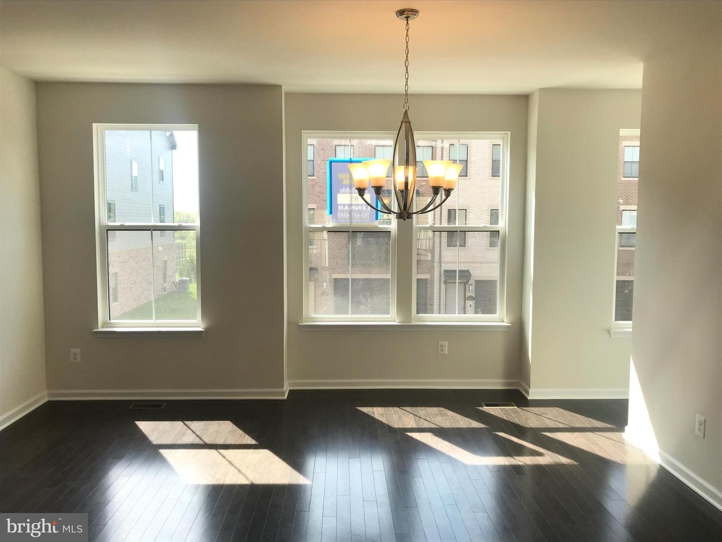 Additional photo for property listing at 3073 Alan Shepard St 3073 Alan Shepard St Herndon, Virginia 20171 United States
