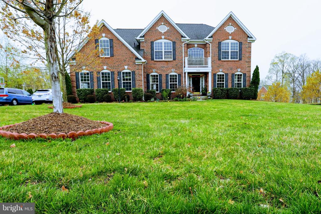 22578  FOREST VIEW COURT, Ashburn, Virginia
