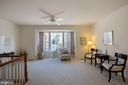 Living room with ceiling fan - 13102 KIDWELL FIELD RD, HERNDON