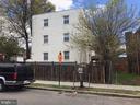 Exterior view - 4130 4TH ST SE #4, WASHINGTON