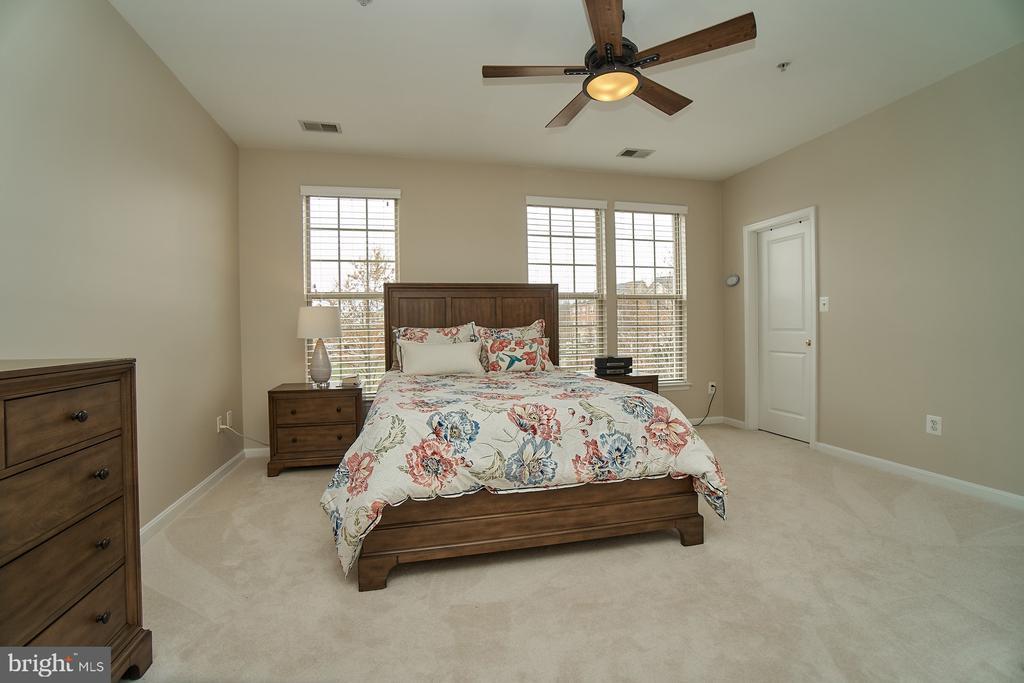 Master bedroom - 7953 CRESCENT PARK DR #153, GAINESVILLE