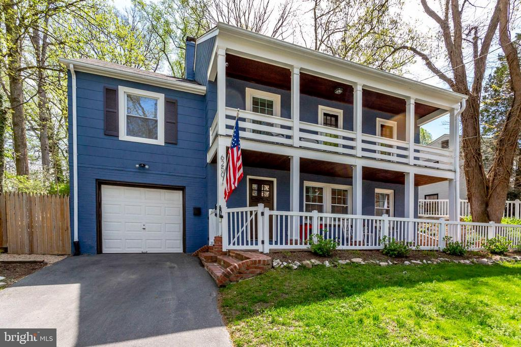 MLS MDMC653520 in MOHICAN HILLS