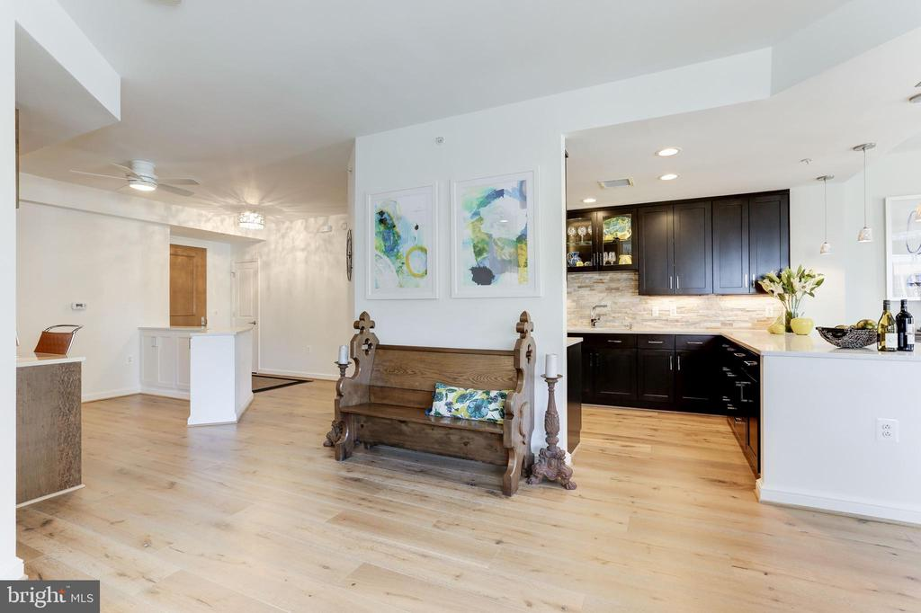 Engineered Hardwood Floors - 11990 MARKET ST #1103, RESTON