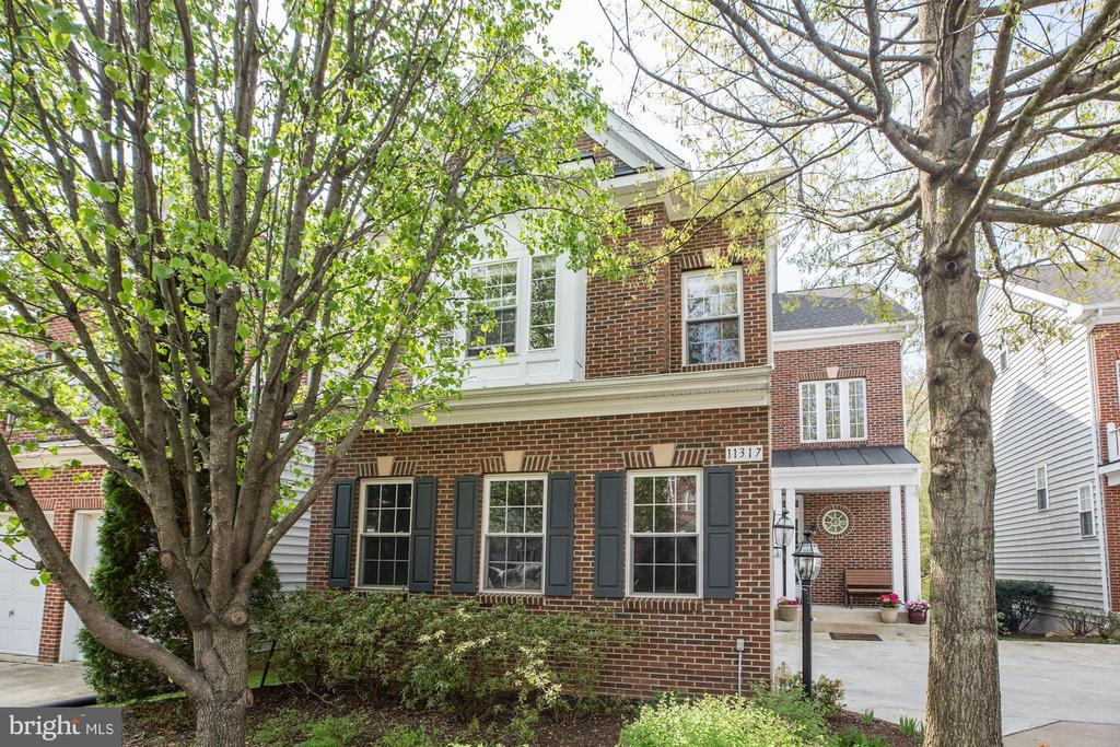 One of Fairfax 5 Bedroom Homes for Sale at 11317  BULOVA LANE