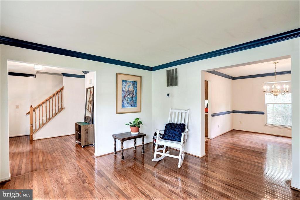Beautiful hardwood floors - 46553 PEBBLEBROOK PL, STERLING