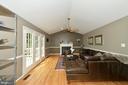 Living room - 1403 CAMPBELL CT NE, LEESBURG