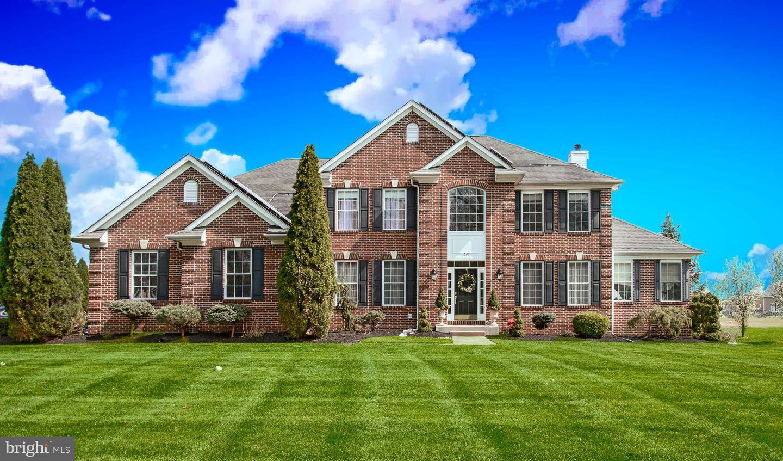 Villa per Vendita alle ore 243 SOUTH Lane Princeton Junction, New Jersey 08550 Stati UnitiIn/In giro: West Windsor Twp, West Windsor Twp
