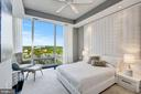 Amazing Master Suite - 1881 N NASH ST #1910, ARLINGTON