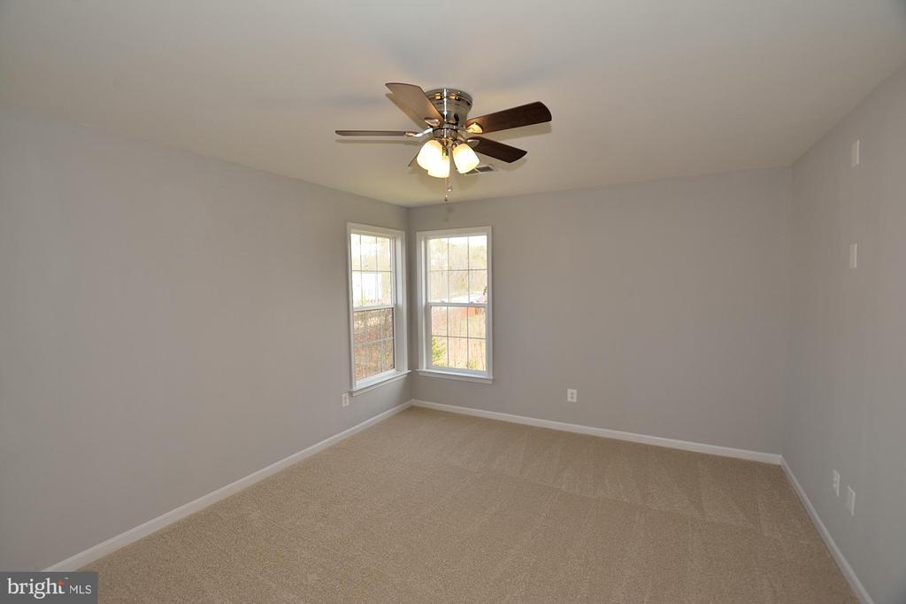 4TH BEDROOM - 9201 ASHLEYS PARK LN, BRISTOW