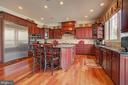 Gourmet Kitchen with Stainless Steel Appliances - 36158 SILCOTT MEADOW PL, PURCELLVILLE