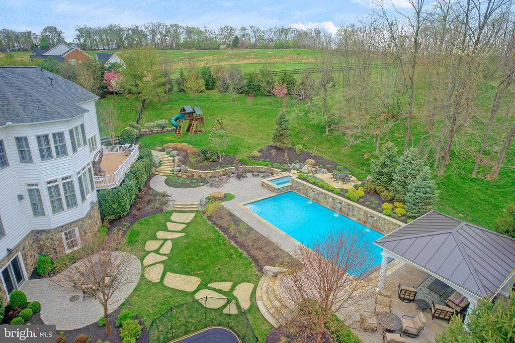 Aerial View of the Backyard - 36158 SILCOTT MEADOW PL, PURCELLVILLE