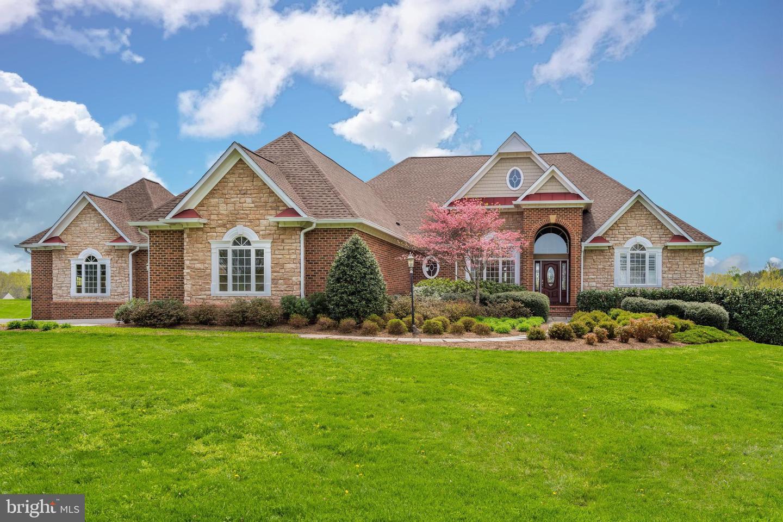 Haymarket                                                                      , VA - $1,195,000
