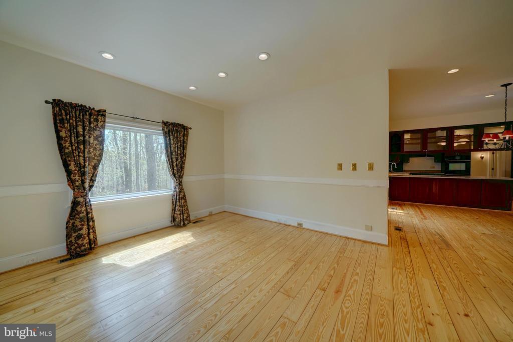 Family Room - 12126 MERRICKS CT, MONROVIA
