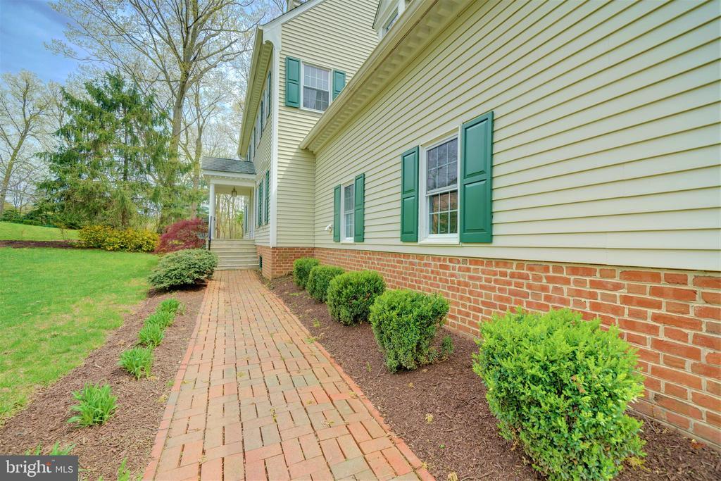 Front of Home with Brick Walkways - 12126 MERRICKS CT, MONROVIA
