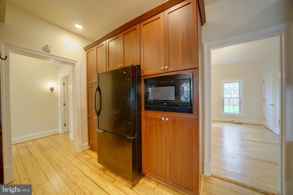 Formal Dining Room Off Kitchen - 12126 MERRICKS CT, MONROVIA