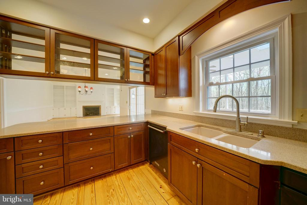 Double Sink in Kitchen - 12126 MERRICKS CT, MONROVIA