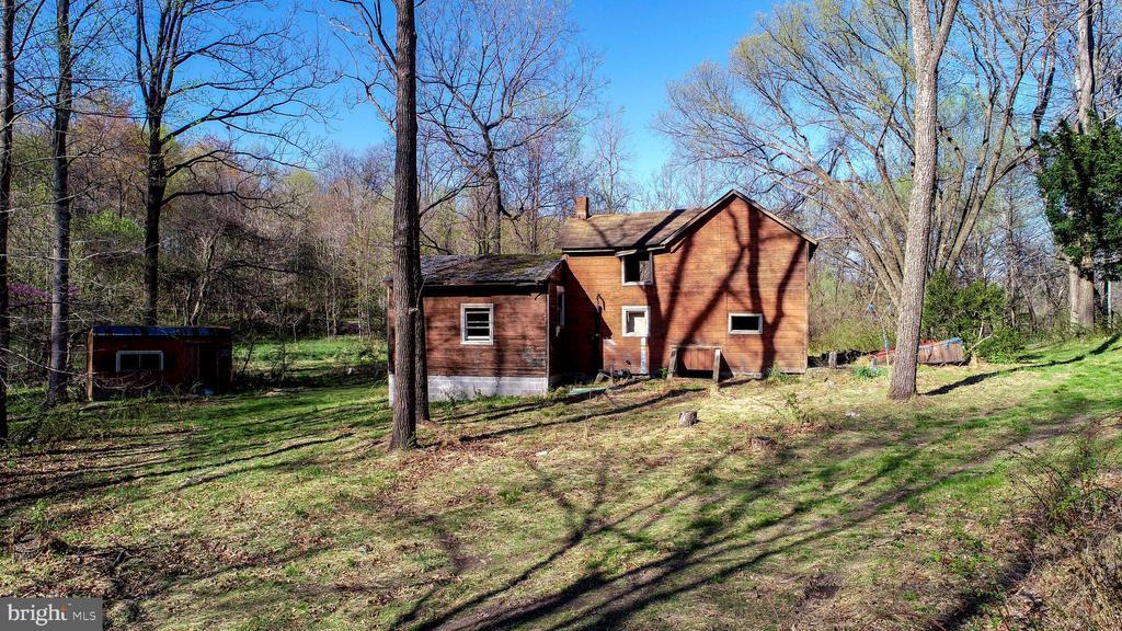 - 10832-B GAS HOUSE, NEW MARKET