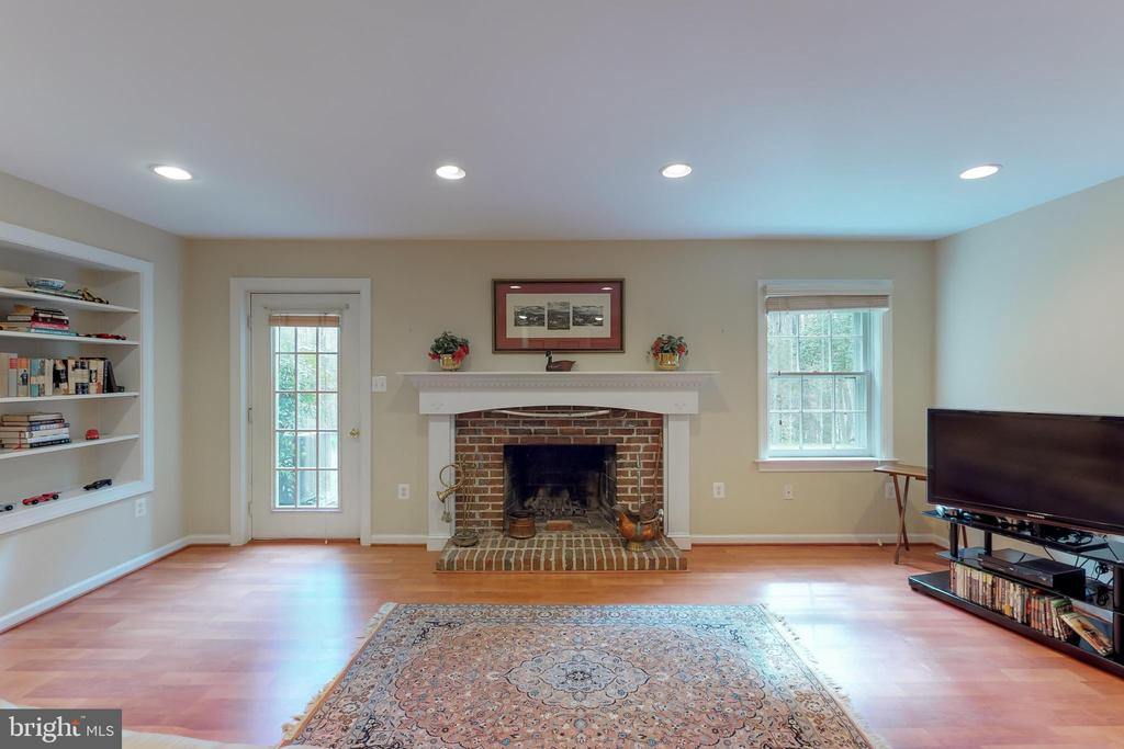 Recreation room - 10415 DOMINION VALLEY DR, FAIRFAX STATION