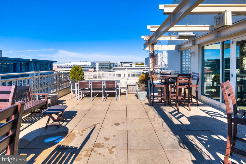 Great View from Rooftop - 715 6TH ST NW #205, WASHINGTON