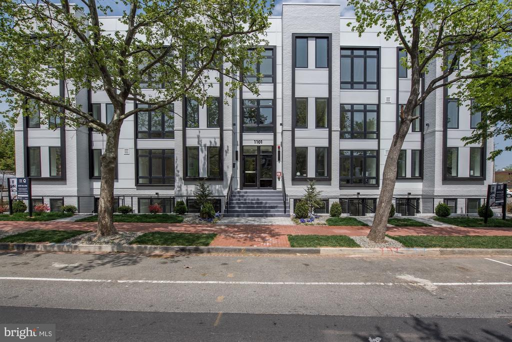 Welcome home to 11|Q - 1101 Q ST NW #102, WASHINGTON
