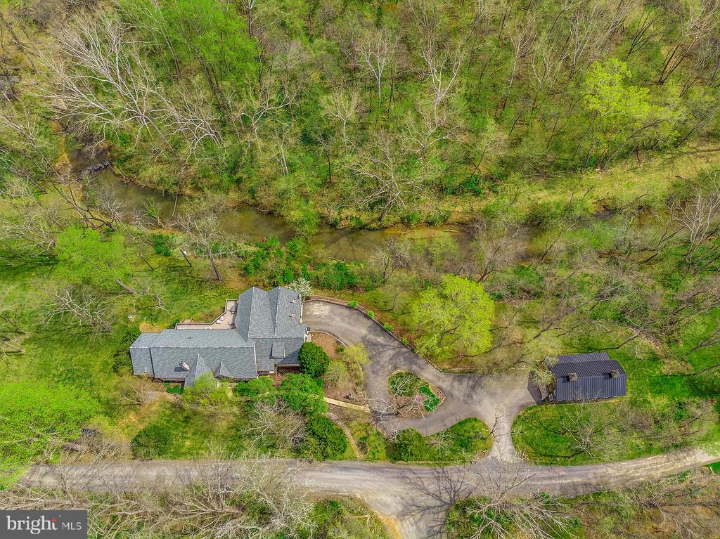 Total Privacy - - 23590 SALLY MILL RD, MIDDLEBURG