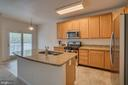 Gourmet Kitchen with Brand New Appliances - 20129 PRAIRIE DUNES TER, ASHBURN