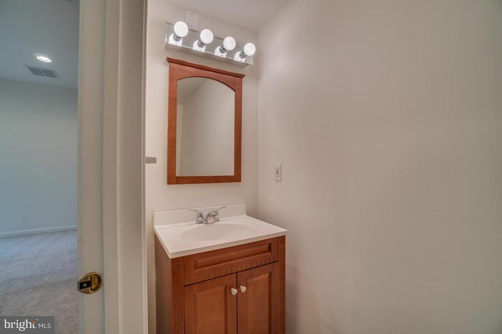 Bathroom - 20129 PRAIRIE DUNES TER, ASHBURN