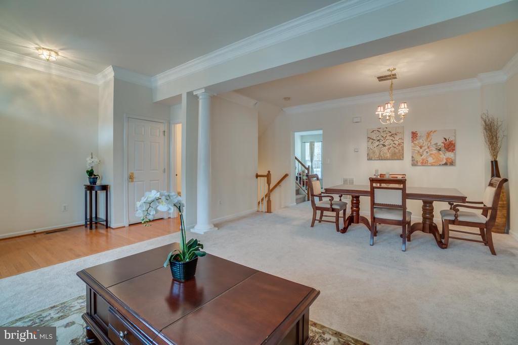 Open floor plan, Living room, and Dining room - 20129 PRAIRIE DUNES TER, ASHBURN