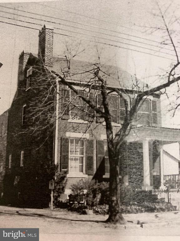 As the house looked in 1958! Known as Armat House - 611 CAROLINE ST, FREDERICKSBURG